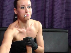 Big Tit Rauchen Handjobs