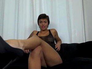 Parle En Francais porn videos at Xecce.com
