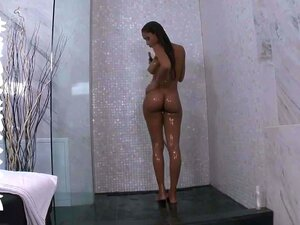 Goddess Rodea porn videos at Xecce.com