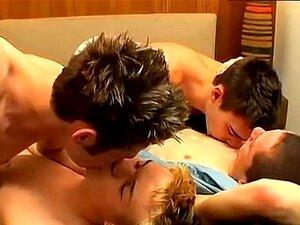 Gay 18 Hot porn videos at Xecce.com