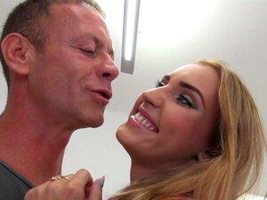Ojete Lulu porn videos at Xecce.com