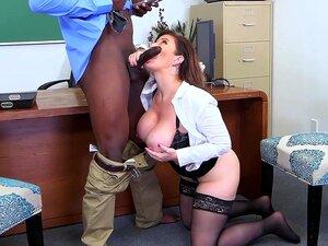 Sara Jay Sophie Dee porn videos at Xecce.com